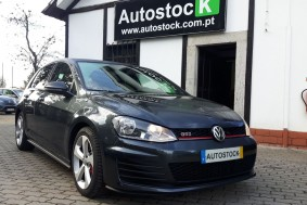 Volkswagen Golf 2.0 GTI Performance